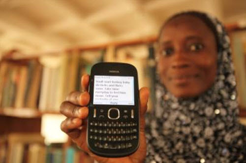 Health text messages sent by libraries in Ghana make for safer pregnancies. Photo courtesy of EIFL-PLIP.