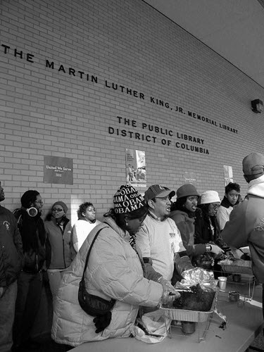 Volunteers Feed Homeless photo courtesy Talk Radio News Service on Flickr