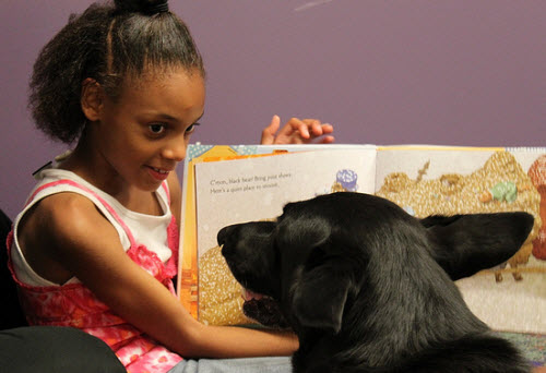 PAWS to Read at Pontiac Branch via Allen County (IN) Public Library on Flickr