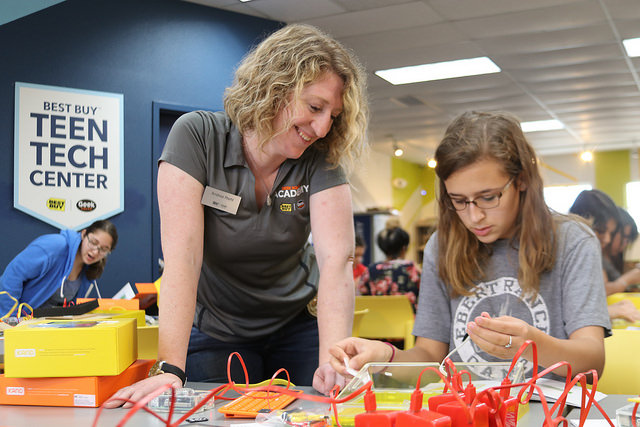 Two Opportunities to Develop Tech Skills with Geek Squad Academy and Best Buy Teen Tech Centers